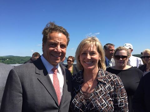 Gov Cuomo with Elizabeth Waldstein-Hart at Walkway announcement